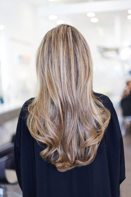 Strähnchencoloration im Friseursalon Hairstyling Viva in Kaufbeuren